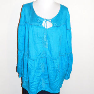 26/28 Lane Bryant Blue Embroidered Bead Tunic Top